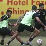 Valentim começa a dar cara ao time titular do Botafogo para 2020