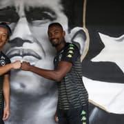 Botafogo gasta a metade em salários do que em 2019; Honda e Kalou recebem menos do que Pimpão e Diego Souza