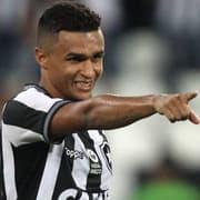 Erik diz que foi ignorado pelo Botafogo antes de ação na Justiça e destaca: 'Minha torcida e meu respeito continuam'