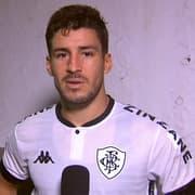 Marcinho relembra ameaças à esposa e lamenta falta de chances no Botafogo: 'Direção não contava comigo'