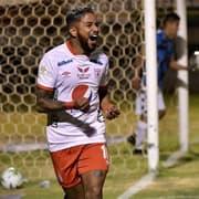 Mauro Silva e Cabrera são oferecidos ao Botafogo e passam a ser representados por Marcos Leite