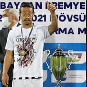 OFF - Ex-Botafogo, Honda é campeão no Azerbaijão com dois brasileiros no time e poderá jogar a Champions League