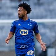 Botafogo decide não avançar por Claudinho, e meia vai buscar espaço no Cruzeiro