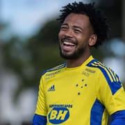 Botafogo abre negociações com o Cruzeiro por Claudinho, diz jornalista