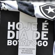Hoje é Dia de Botafogo: clube lança livro-calendário escrito por botafoguense Rafael Casé e com prefácio de Loco Abreu