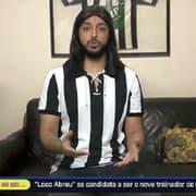Em vídeo engraçado, apresentador imita Loco Abreu 'dando cavadinha' para ser técnico do Botafogo