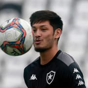 Luís Oyama revela segredo para rápida adaptação ao Botafogo: dicas de Jefferson
