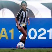 Futebol feminino: de volta ao Botafogo, Emily valoriza período de treino na Seleção Brasileira Sub-20