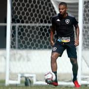 Após renovar, Botafogo libera Rickson para Atlético-GO sem custos e vai manter percentual