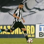 Barreto quer Botafogo mantendo embalo: 'Não podemos deixar apagar a chama que a gente acendeu'