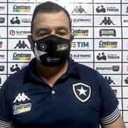 Enderson ressalta dificuldades e enaltece 'sacrifício e dedicação' dos jogadores do Botafogo diante do Remo