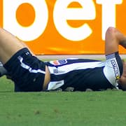 Botafogo: Pedro Castro deixa jogo contra o Náutico logo no início com dores na panturrilha