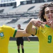 Matheus Nascimento, do Botafogo, marca duas vezes em amistosos pela Seleção Brasileira sub-17 contra o Paraguai; veja os gols 〽️🔥