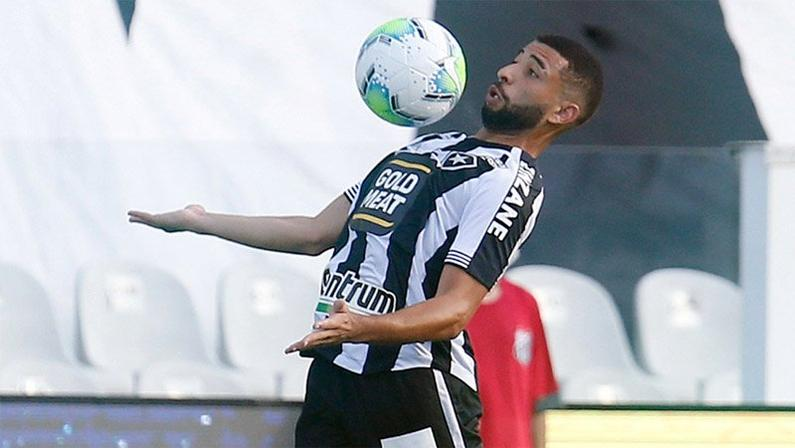 Cascardo deixa o Botafogo após 50 minutos jogados em oito meses; Luiz Otávio também sai