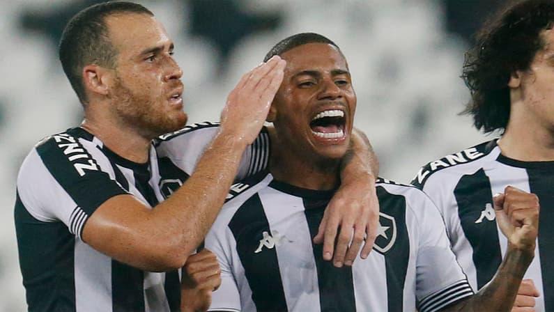 Pedro Castro e Rickson em Botafogo x Macaé | Campeonato Carioca 2021