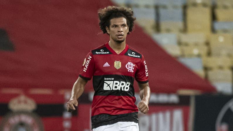 Willian Arão, do Flamengo, deve quase R$ 5 milhões ao Botafogo