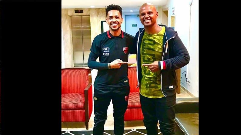 Luis Ricardo e Jefferson, ex-Botafogo, se reencontram