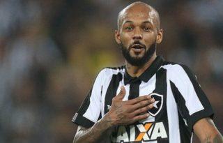 Bruno Silva recorda passagem pelo Botafogo: 'Eu tenho um carinho muito grande'