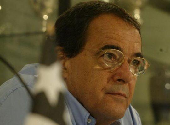 Cuca relembra episódios com Bebeto de Freitas e fala com carinho do ex-presidente: 'Deixava a vida dentro do Botafogo'