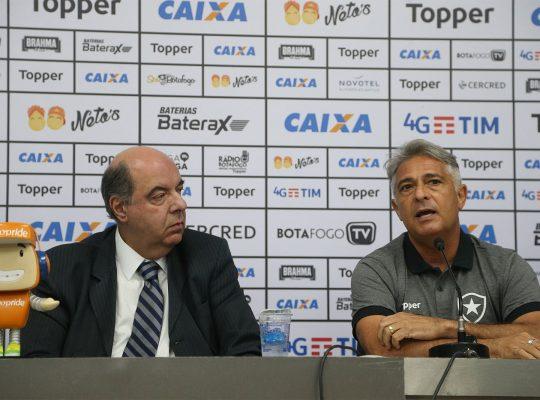 Mufarrej pede união e fala sobre Paquetá: 'Somos corneteiros com cautela'
