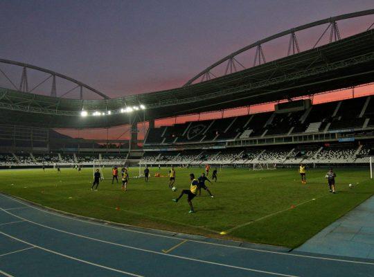 Botafogo é um dos cinco clubes da Série A que não perdeu jogador durante a Copa