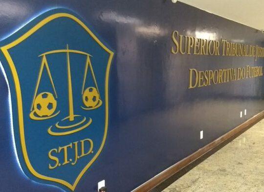 Campeonato Carioca: Procurador Geral do STJD tem parecer favorável a Botafogo e Fluminense