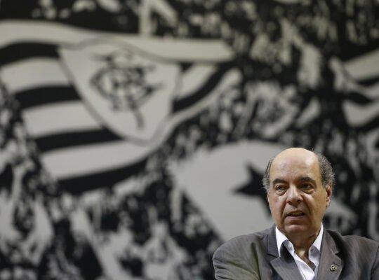 Por Botafogo S/A, clube mantém reuniões semanais: 'Crise sempre abre janelas de oportunidade'