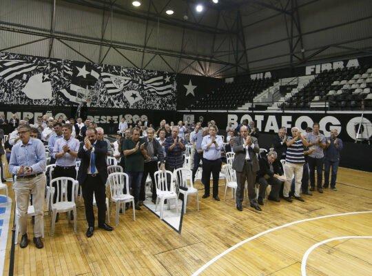 Botafogo planeja antecipar projeto de virar clube-empresa devido à crise