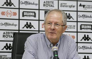 Vice-presidente do Botafogo detona Yaya Touré: 'É um tremendo 171'