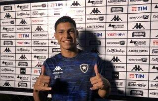Botafogo TV transmite coletiva com Luis Henrique em live nesta quinta