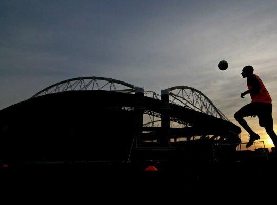 Mufarrej é contra volta imediata do Botafogo aos treinos: 'Retornar agora é insano'