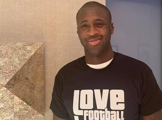 Otimista por Yaya Touré no Botafogo, Montenegro descarta chance do Vasco e ironiza: 'Jogada de candidato'