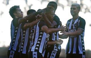 'Não' de Yaya Touré ao Botafogo é página virada para Autuori e faz alvinegros abraçarem Honda