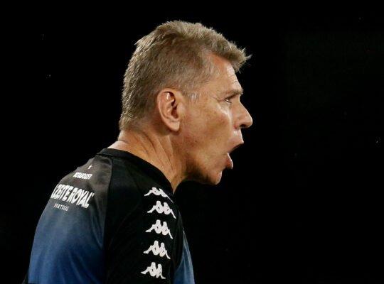 Autuori cobra posição dos técnicos sobre volta ao futebol e fala de Botafogo S.A, Honda e Luis Henrique