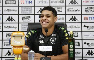 AO VIVO: Luis Henrique concede entrevista coletiva online pela Botafogo TV