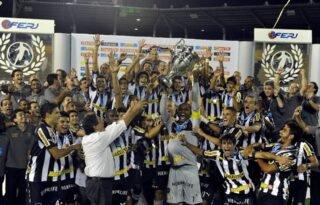 Torcida vence mais uma enquete, e SporTV reprisará jogo do título do Botafogo do Carioca de 2013