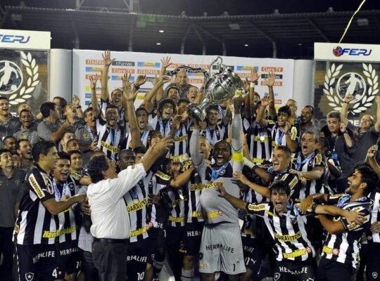 Há 7 anos, Botafogo era campeão carioca  direto atropelando rivais