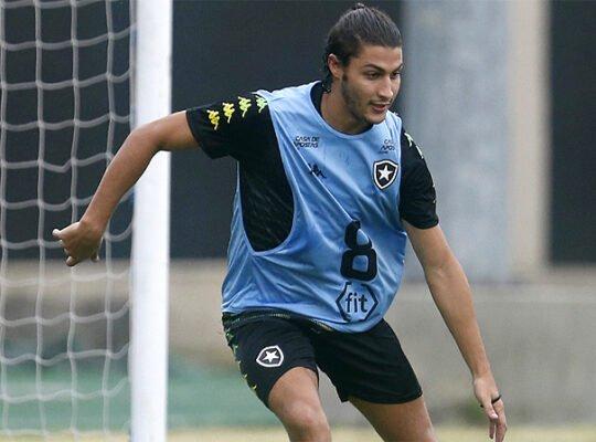 Marcinho vai cometer um grave erro se não renovar contrato com o Botafogo