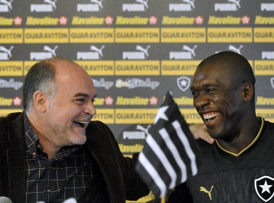 Botafogo tentou Deco, Diego e Ronaldinho Gaúcho antes de fechar com Seedorf, revela Assumpção