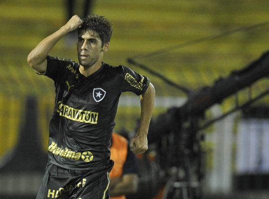 Fellype Gabriel revela que tentou voltar duas vezes ao Botafogo e explica saída: 'Fui pego de surpresa'