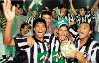 Globo exibe domingo título brasileiro de 95 do Botafogo no Rio e mais 11 estados; narrador relembra