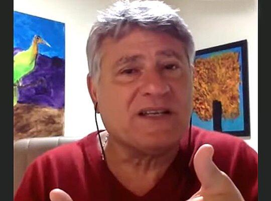Cléber Machado enaltece: 'O Botafogo é história pura. Parece haver um caminho para o clube'