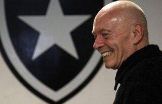 Botafogo fará live solidária com campeões de 95 domingo após reprise de título, revela vice-presidente