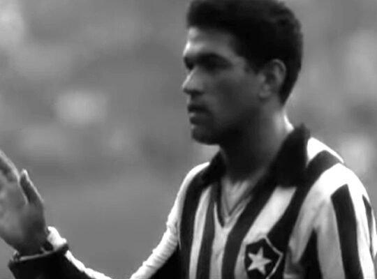 Ídolo do Botafogo, Garrincha entra em lista seleta de jornal inglês com 'pontas de verdade'