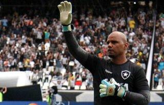Jefferson se emociona ao entrar em lista de maiores ídolos do Botafogo: 'Sonho realizado'