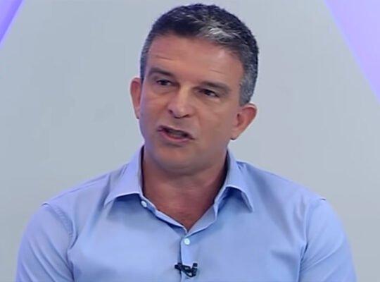 Candidato do Vasco dá mais detalhes do acerto com Yaya Touré e conta como venceu concorrência do Botafogo