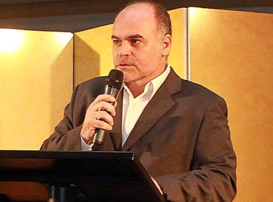 Mauricio Assumpção diz que melhores momentos do Botafogo na década foram em sua gestão e revela maior acerto