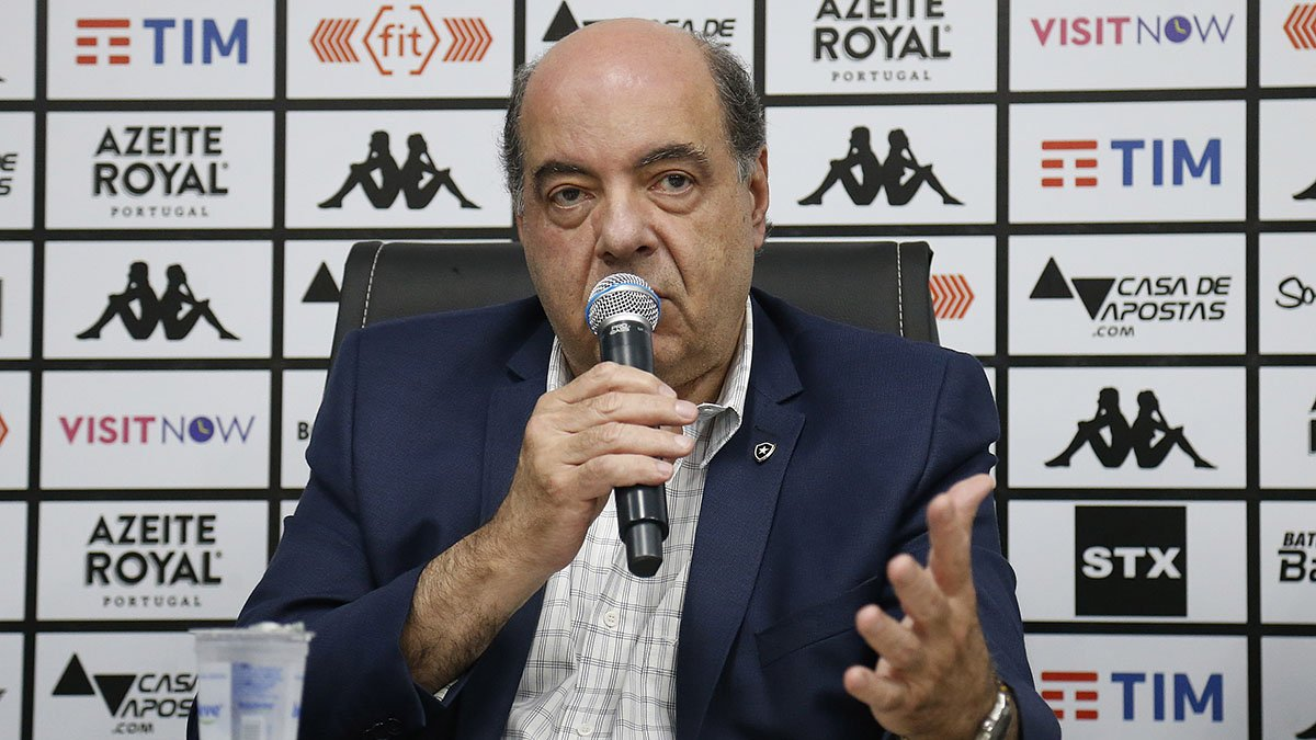 Presidente do Botafogo Nelson Mufarrej