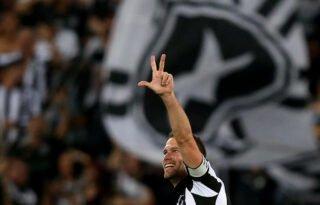 Vice-presidente do Botafogo elogia Carli e comenta saída: 'Foi o melhor para ele e para o clube'