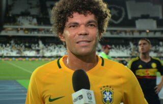 Camilo relembra amistoso pela Seleção Brasileira: 'Torcida do Botafogo que me botou no jogo'
